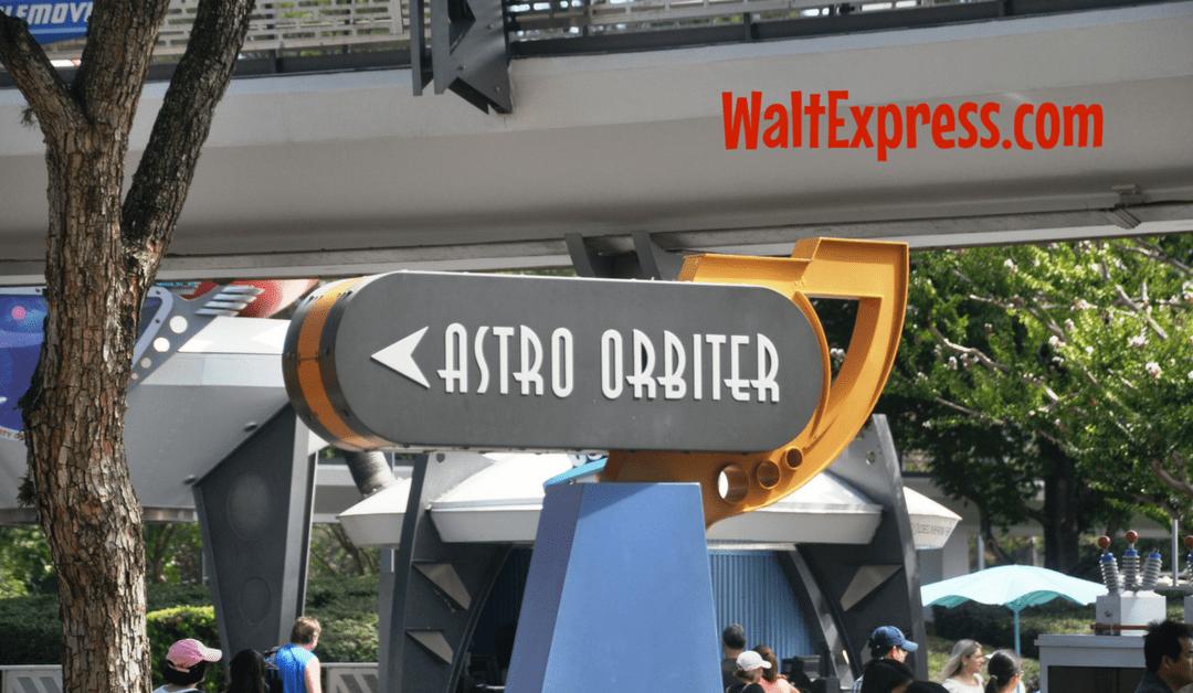 Video: Astro Orbiter at Magic Kingdom a Disney World Review